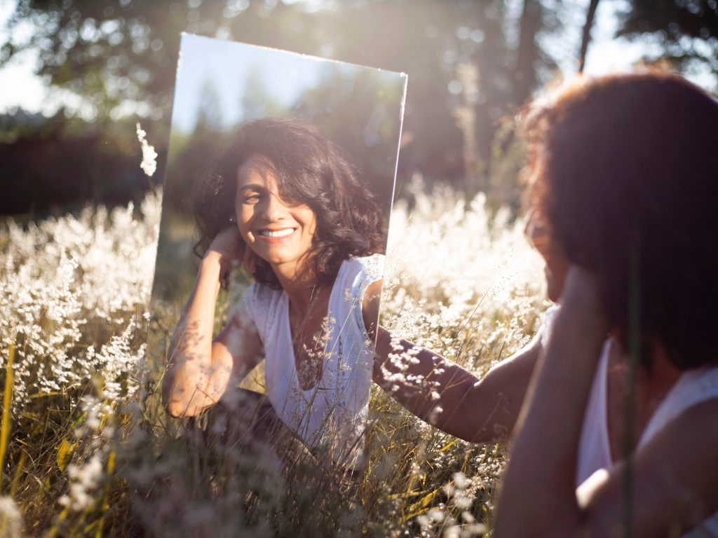 We Tried Mirror Pep Talks Every Day For a Week